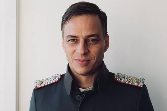 Tom Wlaschiha in In War and Love by Kasper Torsting